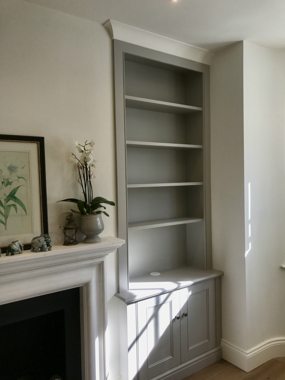 Stylish Classic Alcove Unit In Fulham The Bookcase Co